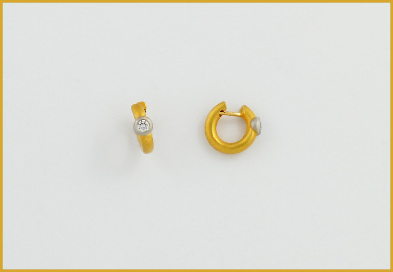 Brillantcreolen 18 Karat Gelbgold, Brillanten in Platin gefasst
